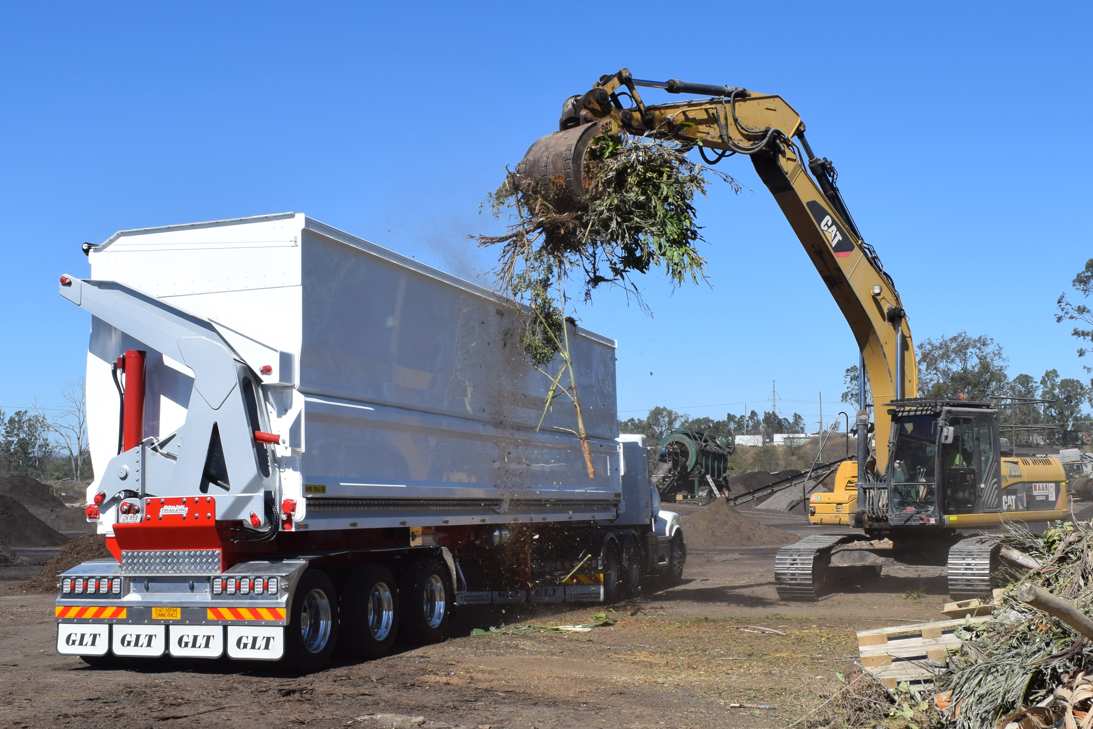 graham lusty trailers Chassis Tipper overview
